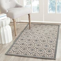 Safavieh Courtyard Honeycomb Anthracite/ Beige Indoor/ Outdoor Rug - 8' x 11'