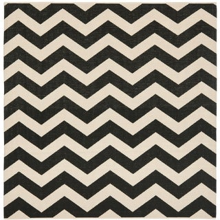 Safavieh Courtyard Zig Zag Black/ Beige Indoor/ Outdoor Rug (5u00273