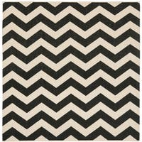Safavieh Courtyard Zig-Zag Black/ Beige Indoor/ Outdoor Rug - 5'3 Square