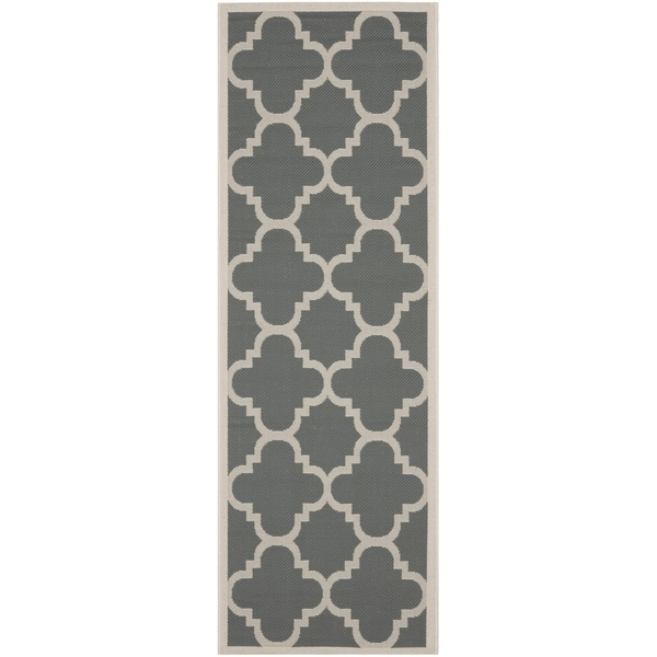 Safavieh Courtyard Quatrefoil Grey/ Beige Indoor/ Outdoor Rug (2'3 x 8')