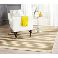 """Safavieh Courtyard Stripe Green/ Beige Indoor/ Outdoor Rug - 4' x 5'7"""""""