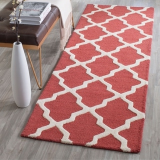 Safavieh Handmade Moroccan Cambridge Rust/ Ivory Wool Rug (2'6 x 6')