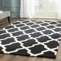 Safavieh Handmade Moroccan Cambridge Black/ Ivory Wool Rug - 10' x 14'