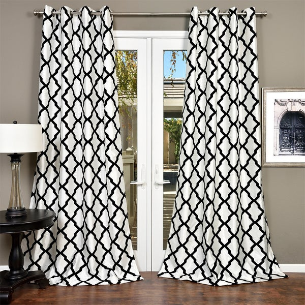 Lambrequin Trellis Bold Flocked Curtain Panel