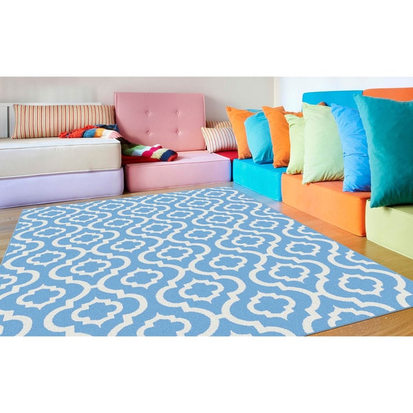 Alise Metropolis Blue and White Moroccan Area Rug (5'3 x 7'3)