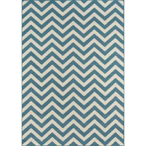 Momeni Baja Chevron Blue Indoor/Outdoor Area Rug (6'7 x 9'6)