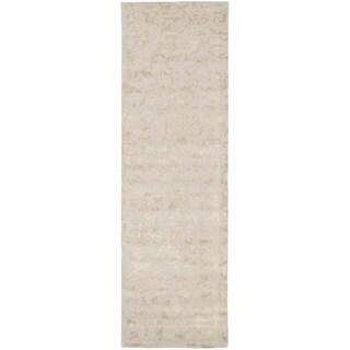 Safavieh Handmade Soho Ivory Wool Rug (2'6 x 10')