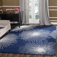 Safavieh Handmade Soho Burst Dark Blue/ Ivory Wool Rug - 7'6 x 9'6