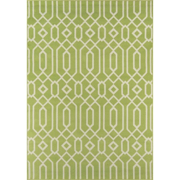 Indoor/Outdoor Green Links Rug (6'7 x 9'6)