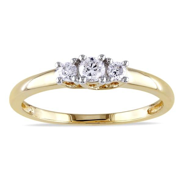 Miadora 14k Yellow Gold 1/4ct TDW Three Stone Round Diamond Ring (G-H, I1-I2)