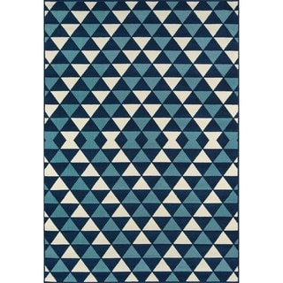 Indoor/ Outdoor Blue Kaleidoscope Rug (5'3 x 7'6)