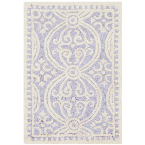 Safavieh Handmade Cambridge Moroccan Lavender/ Ivory Rug - 2'6 x 4'
