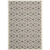 Safavieh Courtyard Geometric Grey/ Beige Indoor/ Outdoor Rug - 5'3 x 7'7