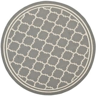 """Safavieh Indoor/Outdoor Courtyard Anthracite/Beige Lattice-Design Rug (7' 10"""" Round)"""