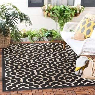 """Safavieh Indoor/Outdoor Courtyard Black/Beige Area Rug (4' x 5'7"""")"""