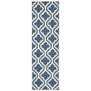 "Safavieh Handmade Cambridge Moroccan Navy/Ivory Wool Rug (2'6"" x 8')"