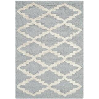 Safavieh Casual Handmade Cambridge Moroccan Silver Wool Rug (2' x 3')