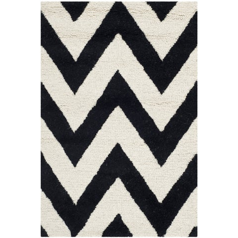Safavieh Handmade Moroccan Cambridge Chevron Black Wool Rug - 2' x 3'