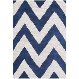 Safavieh Handmade Moroccan Cambridge Chevron Navy Wool Rug (2' x 3')