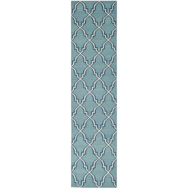 safavieh handwoven moroccan reversible dhurrie light blue. Black Bedroom Furniture Sets. Home Design Ideas