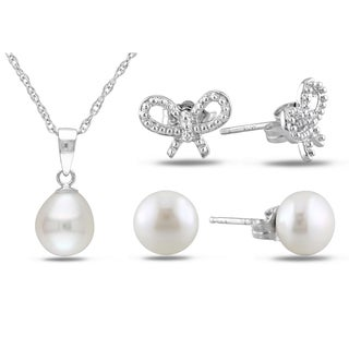 Miadora Silver Pearl Earrings and Necklace 3-piece Set (8-9 mm)