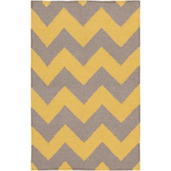 Hand-woven Flat Weave Yellow Area Rug (9' x 13')