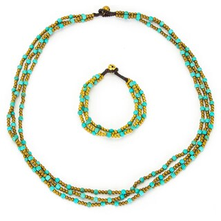 Thai-handicraft Triple Strand Turquoise Necklace and Bracelet Set (Thailand)