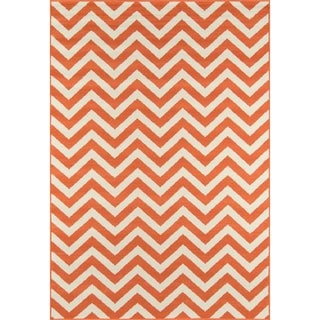 Indoor/ Outdoor Orange Chevron Rug (1'8 x 3'7)