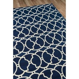 Indoor/ Outdoor Morrocan Tile Rug (6'7 x 9'6)
