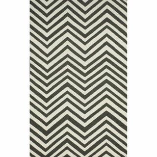 nuLOOM Handmade Chevron Wool Flatweave Kilim Grey Rug (5' x 8')