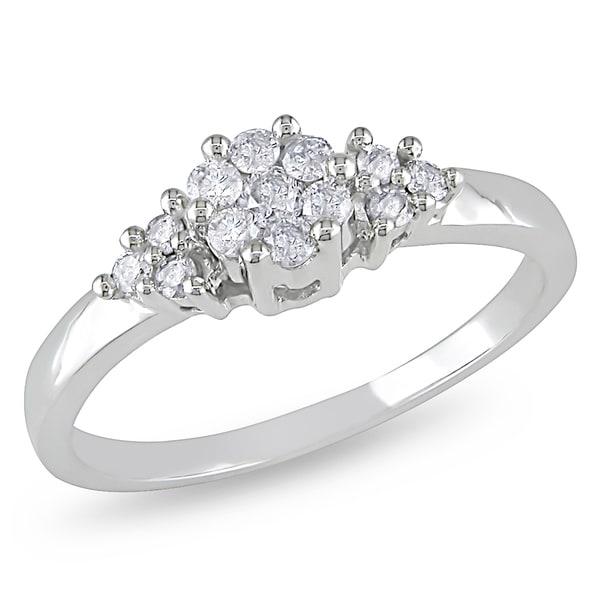 Miadora 10k White Gold 1/4ct TDW Cluster Diamond Ring