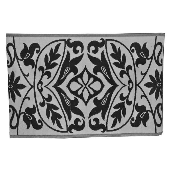 Dog Friendly Outdoor Rug: Handmade Floral Black/ White PET Eco-friendly Indoor
