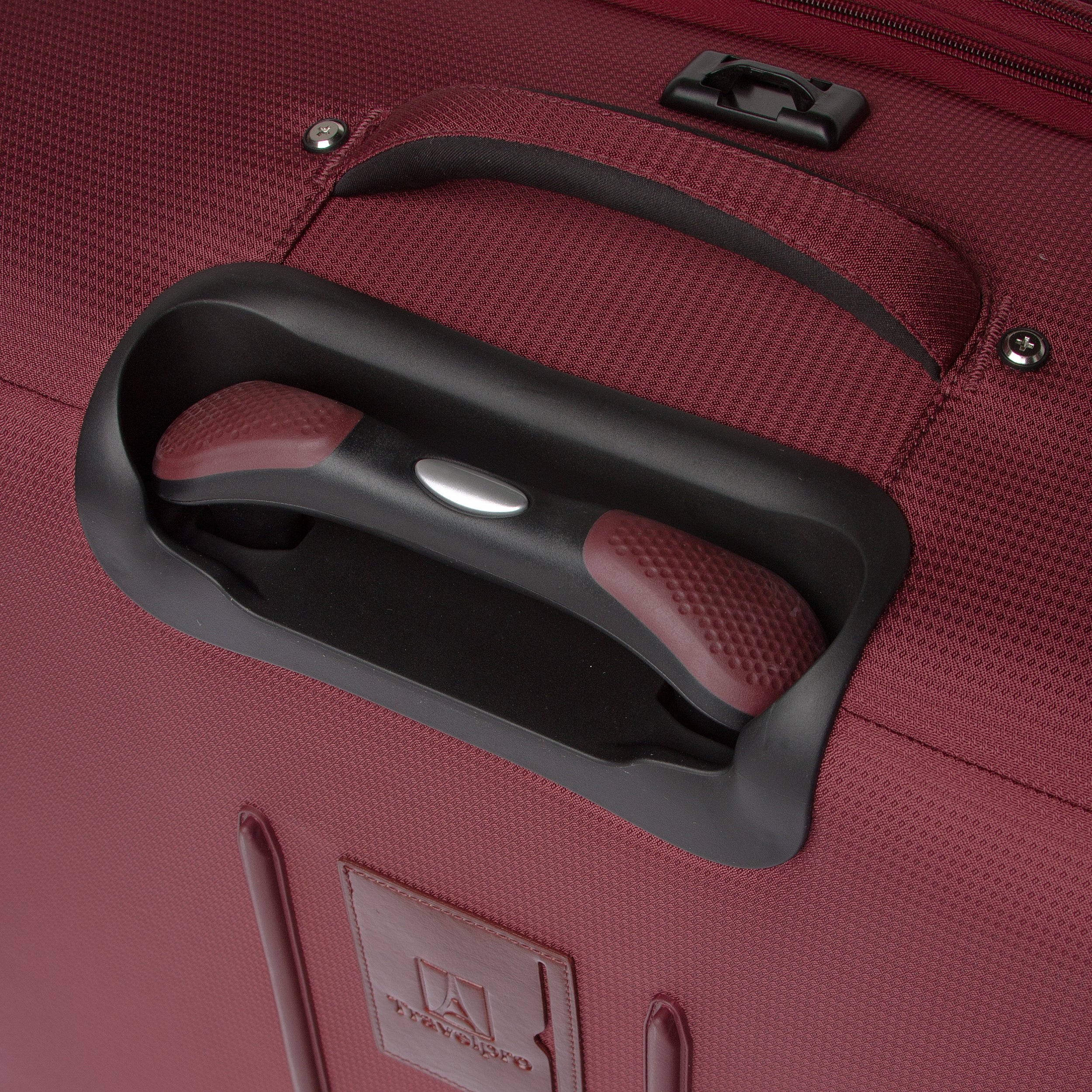 7b54d09b3 Shop TravelPro Runway Collection 29-inch Expandable Spinner Upright  Suitcase - Free Shipping Today - Overstock - 8111244