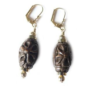 'Minnie' Jujube Wood Dangle Earrings