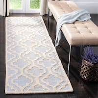 Safavieh Contemporary Handmade Moroccan Cambridge Light Blue/ Ivory Wool Rug - 2'6 x 10'