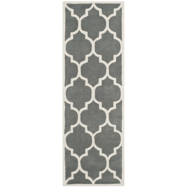 "Safavieh Handmade Moroccan Dark Grey Geometric Pattern Wool Rug - 2'3"" x 7'"