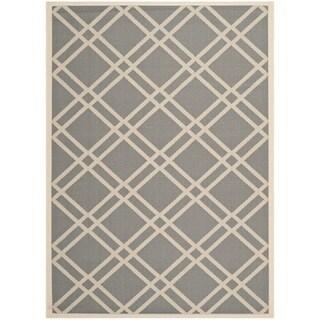"Safavieh Courtyard Anthracite/Beige Indoor/Outdoor Crisscross Pattern Rug (5'3"" x 7'7"")"