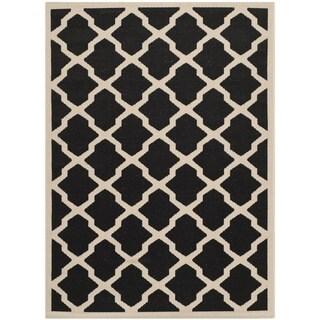 """Safavieh Courtyard Moroccan Trellis Black/ Beige Indoor/ Outdoor Rug (5'3"""" x 7'7"""")"""