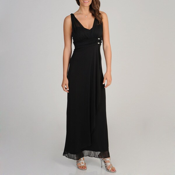 Betsy & Adam Women's Black Gathered Sleeveless Gown