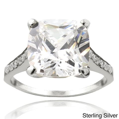 Glitzy Rocks Silver Cubic Zirconia Engagement-style Ring