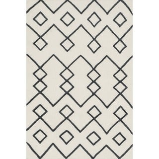 Handcrafted Lennon Ivory Wool Rug (5'0 x 7'6)