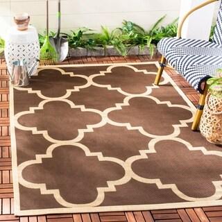 Safavieh Courtyard Quatrefoil Dark Brown Indoor/ Outdoor Rug - 5'3 x 7'7