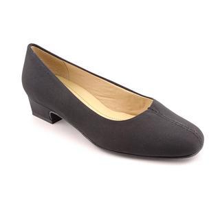 Trotters Women's 'Doris' Microfiber Dress Shoes - Wide
