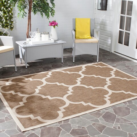 "Safavieh Courtyard Quatrefoil Brown Indoor/ Outdoor Rug - 2'7"" x 5'"