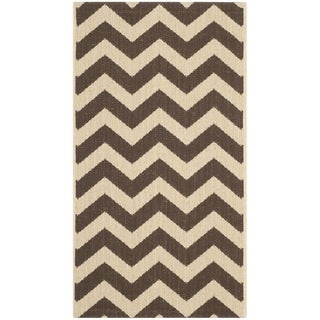 Safavieh Courtyard Chevron Dark Brown Indoor/ Outdoor Rug (2' x 3'7)