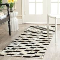 Safavieh Hand-woven Studio Leather Modern Abstract Black/ Grey Rug - 2'3 x 7'