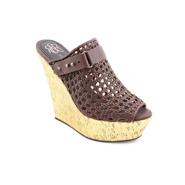 Rock & Republic Women's Brown 'Veronica' Leather Sandals