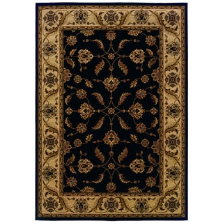 Traditional Black/ Ivory Area Rug (6'7 x 9'6)