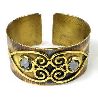 Handcrafted Grey Crystal Scrolling Hearts Brass Cuff (South Africa)