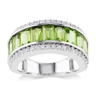 Miadora Sterling Silver White Sapphire and Peridot Ring